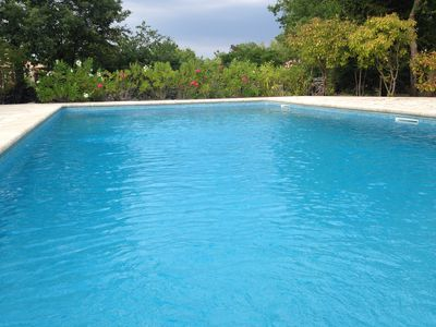 Photo for Beautiful Provencal villa in the heart of the Luberon, quiet, with swimming pool