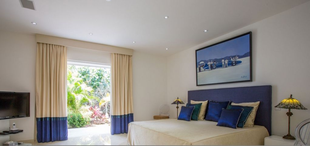 Villa Good News  -  GREAT REVIEWS Fully Serviced Book Now and Save