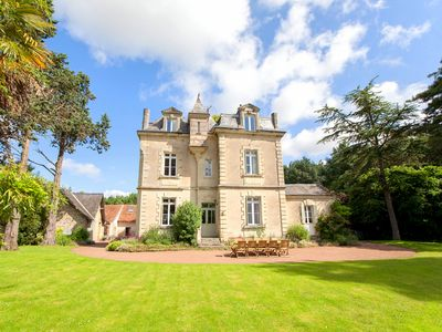Photo for Chateau De Vigner Estate - Country house for 33 people in Doué-la-Fontaine