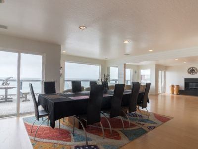 Photo for Beach Front 5B/3BT 3200SQ HUGE Luxury   only 7 miles from San Francisco
