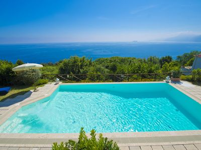 Photo for Villa pool & Jacuzzi in Praiano