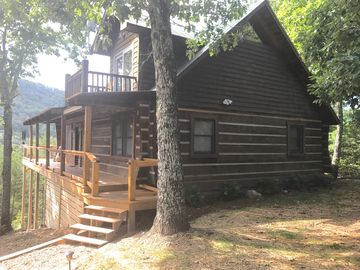 Tellico Cabins Rocky Top Cabin With Hot Tub