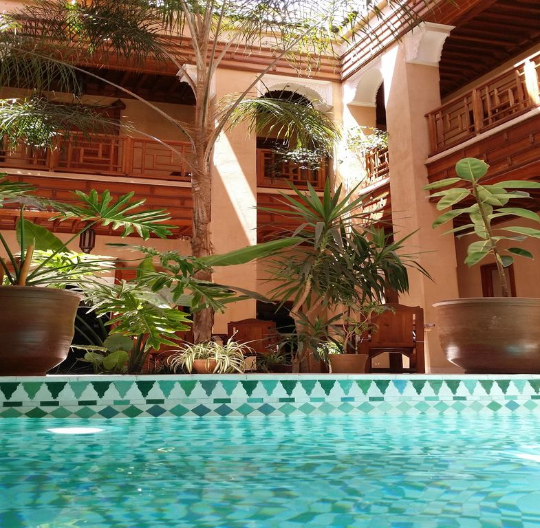 Riad marrakech pool bnb wifi medina centre spa - Riad medina marrakech avec piscine ...