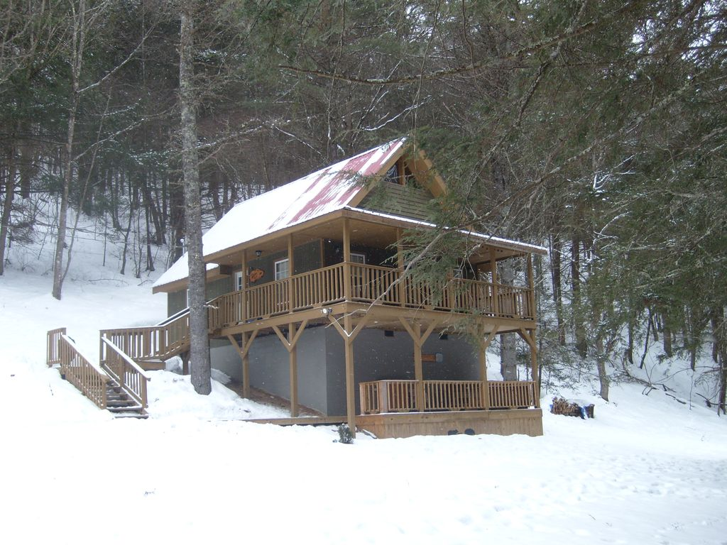 yurts near tub a asheville cottages of kind one stories hot wv with and in cabins