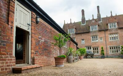 Photo for Cosy Cottage  in the courtyard of historic Hautbois Hall