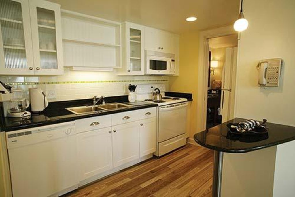 Cozy Suite near Beach w/ Private Balcony,... - HomeAway Northeast ...