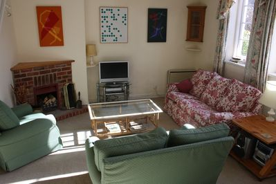 www.pepperpotcottage.co.uk. 2 and 3 person sofas, arnchair, open fi