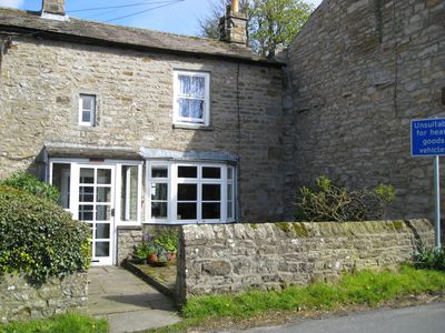 Photo for Cosy traditional stone cottage. Swaledale Sleeps 3. Near local pub & restaurant.