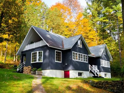 Photo for Stylish COUNTRY HOME by the Lake