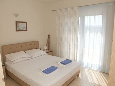 Photo for 3BR Villa Vacation Rental in Ηράκλειο