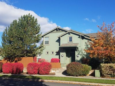 Photo for Walk To Old Mill District - Spacious Well-Appointed Town Home/Private Courtyard