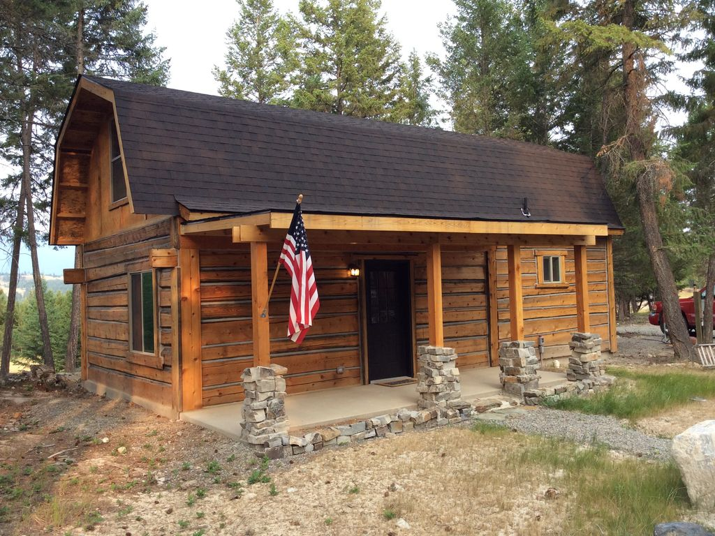 Cedar cabin and rv hook up in the woods mi vrbo - The recreational vehicle turned cabin in the woods ...