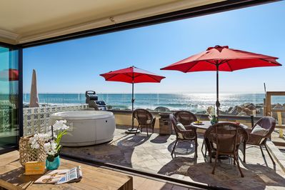 New Beachfront Home With A Rooftop Deck And Spa Townsite