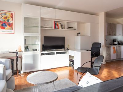 Photo for Beautiful bright apartment quai de SEINE