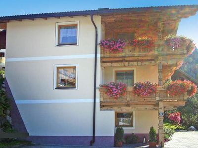 Photo for Apartment Haus Klammegg, Zell am Ziller  in Zillertal - 6 persons, 2 bedrooms
