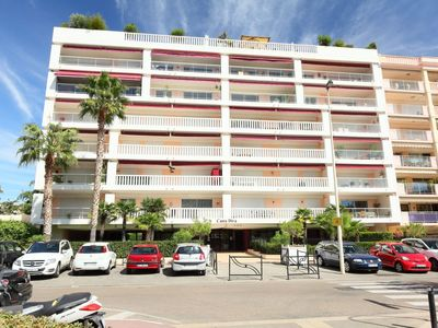 Photo for Apartment 1.2 km from the center of Cannes with Lift, Parking, Internet, Washing machine (109039)