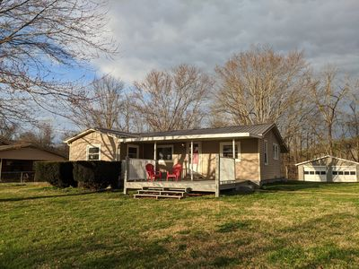 Pet (and kid) friendly fully-fenced half acre yard!