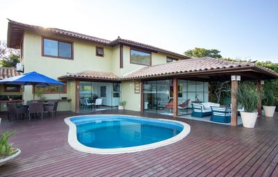 Photo for Beautiful house with four suites, in condominium in Praia do Forno