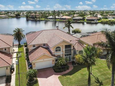 Photo for SWFL Rentals - Villa Claire - 2 Story Gulf Access Pool Home Sleeps 6