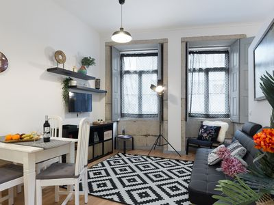 Photo for Cozy Bright Flat | Ace Location