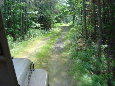 A short drive from U.S. Hwy #1 leads to the cottage.