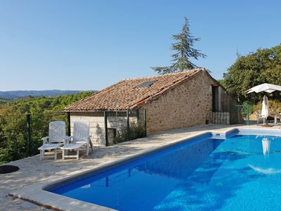 Photo for Holiday home with private swimming pool, beautiful view and private cliff
