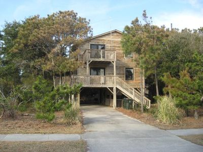 Photo for OCEANSIDE AND LOVELY! WITH 3 BEDROOMS, BRAND NEW HOT TUB AND YMCA PACKAGE!