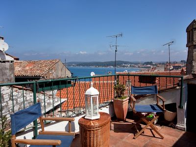 Photo for Cozy Bregovita apartment with sea and city view in the city center