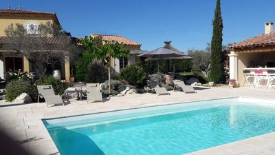 Photo for Arles Camargue, quiet, beautiful air-conditioned villa with pool
