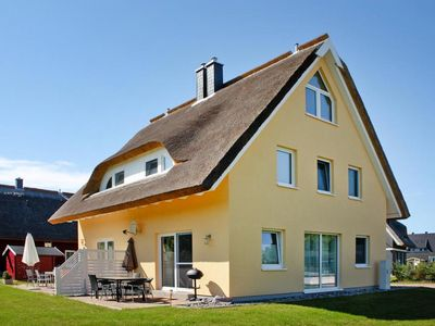 Photo for Semi-detached house Breetzer Boddentraum, Vieregge  in Rügen - 6 persons, 2 bedrooms