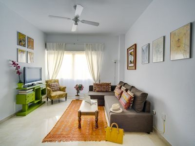 Photo for 1BR Apartment Vacation Rental in Sevilla