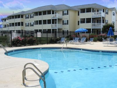 Beautiful 2 Bedroom Condo at The Palms! Summer Beach Parking included!