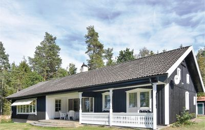 Photo for 4 bedroom accommodation in Sjötorp