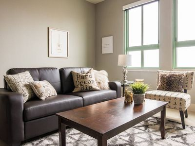 Photo for Central Downtown 1BR | Shopping + Dining + Fun