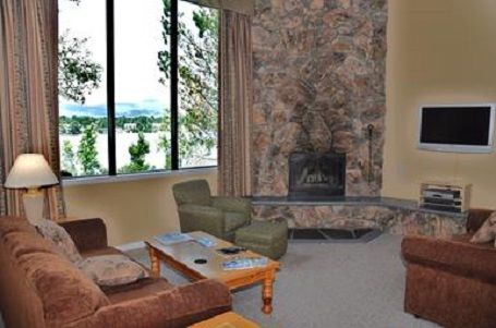 2 Bedroom Lodge With Large Living Room And Vrbo