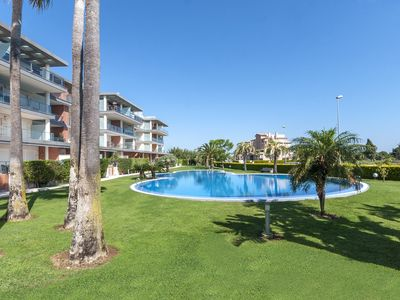 Photo for ESPLENDOR  - Apartment with shared pool in Oliva Nova.