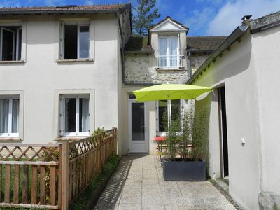Photo for Apart. meublé.2 / 6 pers. Near Paris, the Etréchy Chauffour-91580