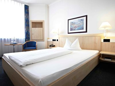 Photo for Single Room - Intercity Hotel Erfurt