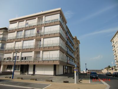 Koksijde: 1 bedroom apartment for 4 people located 2 steps from the sea and dunes