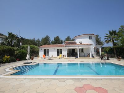 Photo for Villa Roseau within walking distance of the Sea Walkway