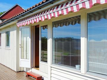 Search 111 holiday rentals