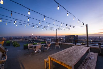 Rooftop. Grilling area.