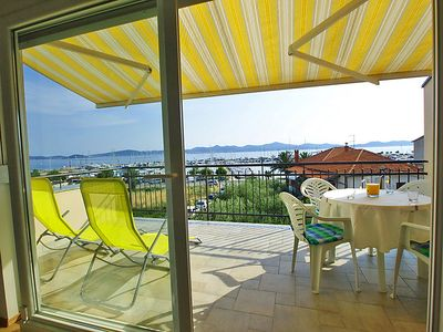 Photo for Apartment Jurin  in Zadar, North Dalmatia - 4 persons, 2 bedrooms