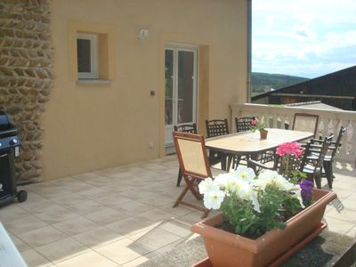 Photo for GîTE SPACIOUS, COMFORTABLE, QUIET IN THE HEART OF THE HILLS