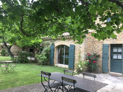 Photo for Provencal farmhouse in countryside 6 km from Orange.