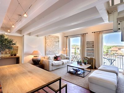 Photo for Large renovated apartment with mooring in the center of Port Grimaud
