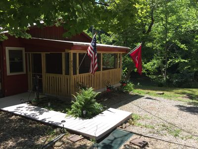 Reserve a country cabin in a peaceful rural setting! 45 min. from Louisville.