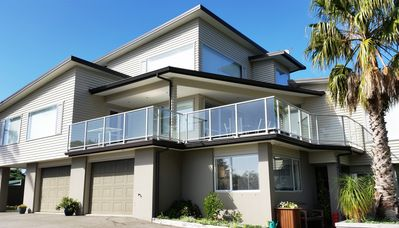 Photo for 3BR House Vacation Rental in Whangaparaoa, Auckland