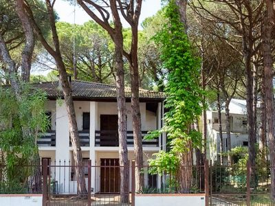 Photo for Apartment Villa Achille in Lido di Spina - 6 persons, 2 bedrooms