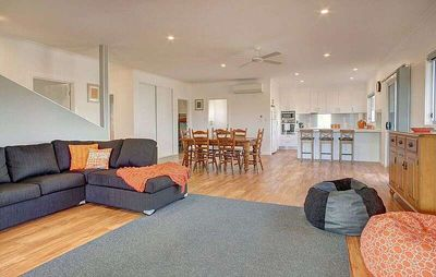 Photo for Grey on the Bay is a fantastic Esplanade property - space, location, comfort - and linen included.